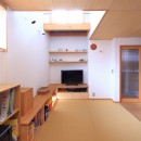 寛ぎの家~家事を楽にこなしてゆとりの時間を楽しむ家~の写真 リビング畳スペース