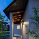 祖父江町の家/角地に建つ平屋の住まいの写真 外観