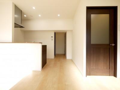 ダイニングキッチン (築50年のマンションを住みやすい賃貸ルームに)