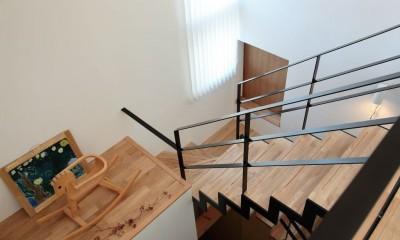 藤沢湘南の家 (階段)