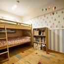 子どもの成長とともにフルリノベーションの写真 ポップでかわいい子供部屋