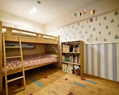 子どもの成長とともにフルリノベーション (ポップでかわいい子供部屋)