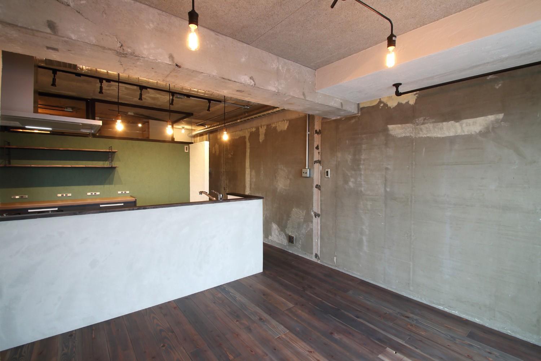 キッチン事例:LDK(素材で遊ぶ!珪藻土×塗装×木毛セメント。)