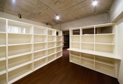 本棚のある部屋 (rust リノベ×(デザリボ+リブロック)=無骨でおしゃれな空間)