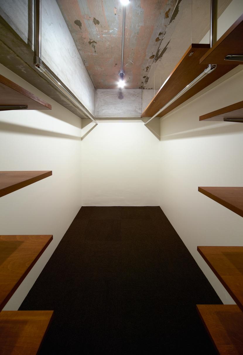 rust リノベ×(デザリボ+リブロック)=無骨でおしゃれな空間の部屋 収納スペース