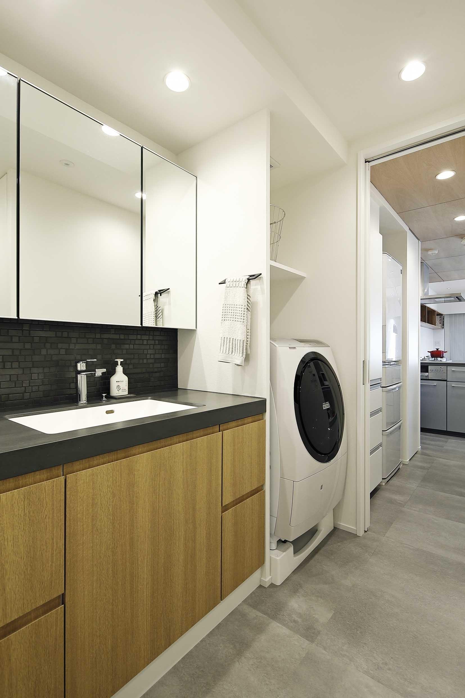 バス/トイレ事例:洗面室(住み心地のいいマンションに)