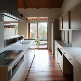 山陰の住まい (キッチン)