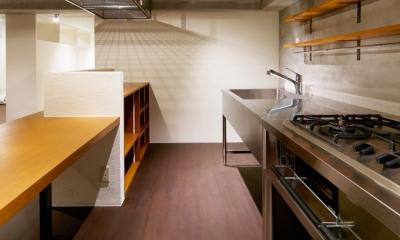 rust リノベ×(デザリボ+リブロック)=無骨でおしゃれな空間 (キッチン)