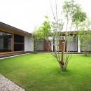 【ichinokuta】無駄のない美空間が広がる平屋のコートハウスの写真 中庭