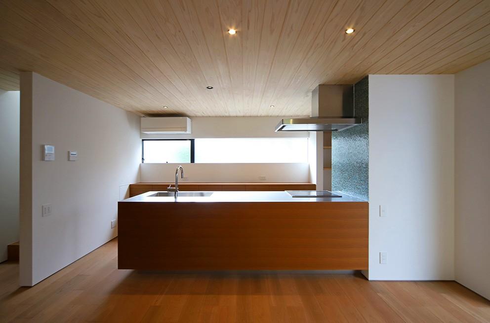 キッチン事例:キッチン(【konan】美しく整ったガレージハウス)