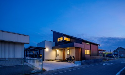 T&S house(through&storage) (『T&S house』)