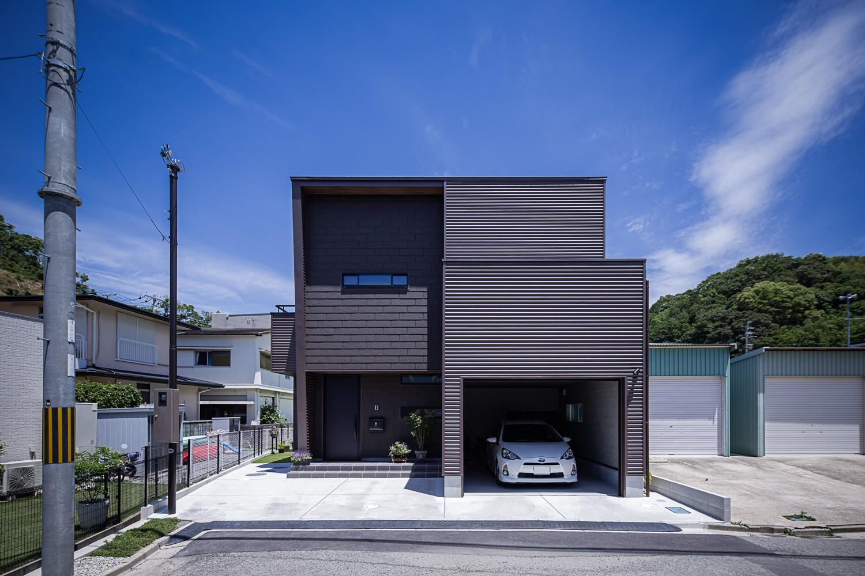 外観事例:『G&S house』(G&S house(ガレージとスキップフロアの家))