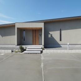須賀崎の家  ロの字のコートハウス (外観)