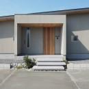 須賀崎の家  ロの字のコートハウスの写真 玄関アプローチ