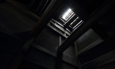 小浜の民家再生 (玄関上部天窓)