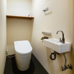 sabai  上質な大人の空間に仕上げる隠れ家のようなマンションリノベ (化粧室)