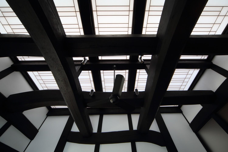 リビングダイニング事例:食堂天井(飯盛の民家 [軸組再生の住まい])