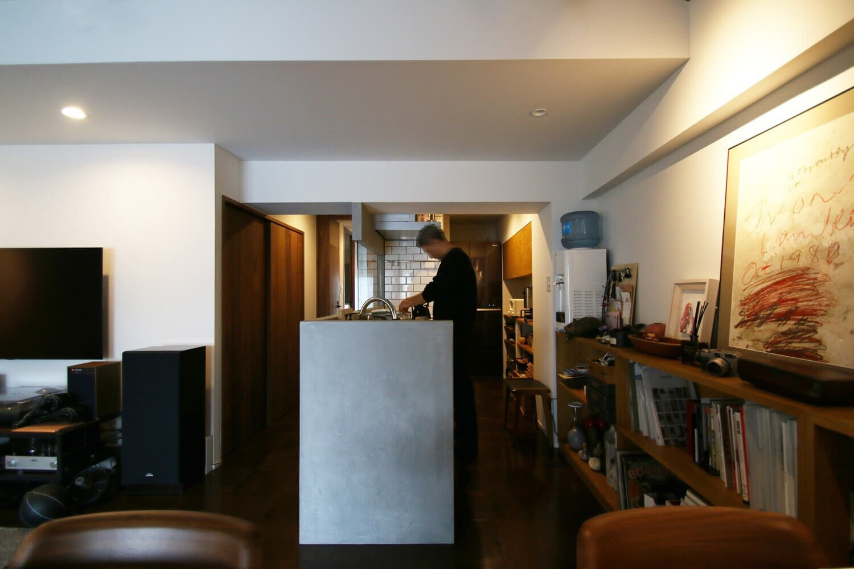 キッチン事例:LDK(『ON OFF』の空間で、こだわり抜いた俺流の暮らしを。)