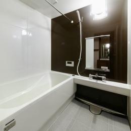 sabai  上質な大人の空間に仕上げる隠れ家のようなマンションリノベ (バスルーム)