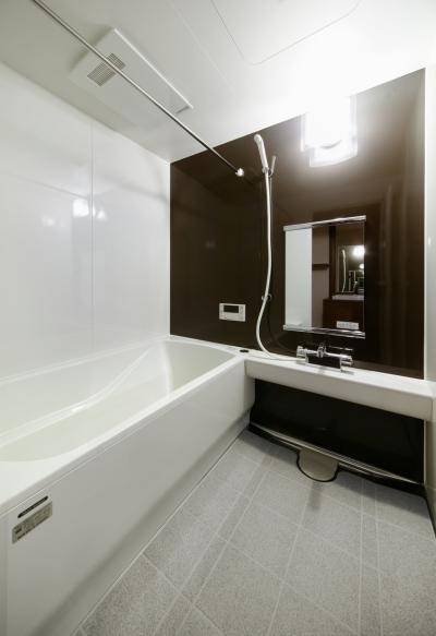 バスルーム (sabai  上質な大人の空間に仕上げる隠れ家のようなマンションリノベ)