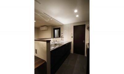 キッチン|大人リノベーションで落ち着きある空間に