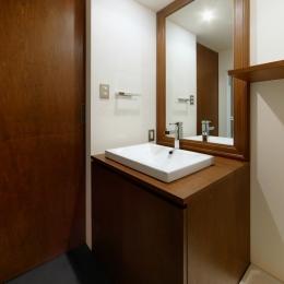 sabai  上質な大人の空間に仕上げる隠れ家のようなマンションリノベ (洗面室)
