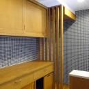 吉野杉の家 (マンションリノベーション)の写真 キッチン収納