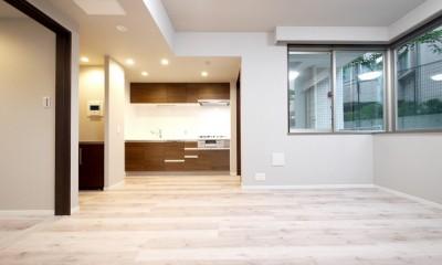 キッチンと洗面室を繋ぐ便利な家事動線 (LDK)