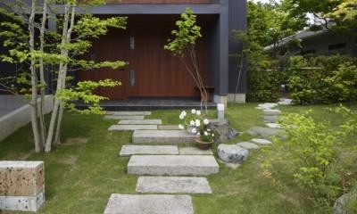 朝比奈山荘 〜なつかしさとあたらしさと、いまそこにあるリゾート〜 (道路からのアプローチ)