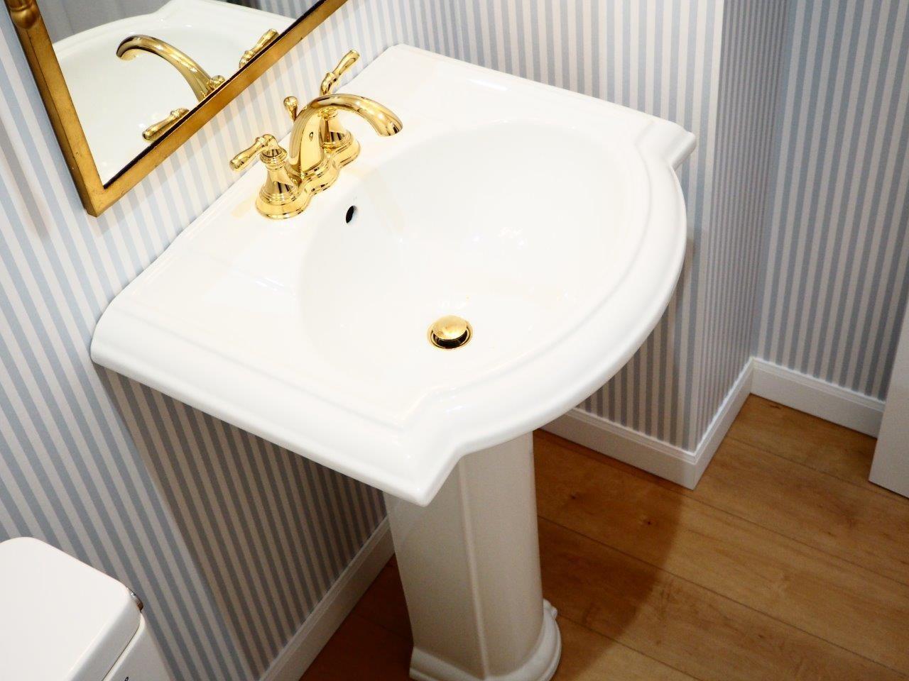 バス/トイレ事例:トイレ(建売戸建てをラグジュアリーなプライベートサロンに)