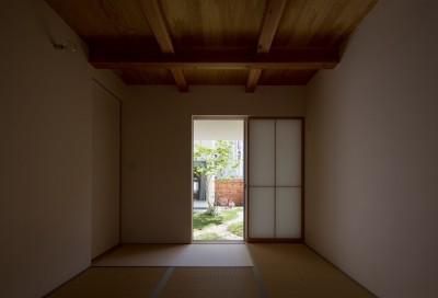 和室 (堀之内の家/北欧家具に囲まれて過ごす家)