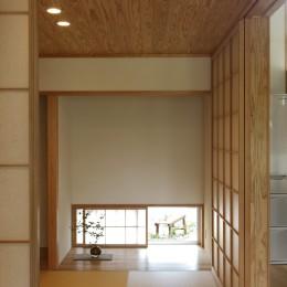 自然体で暮らす平屋~光・風・緑を取り込む家~ (畳スペース)