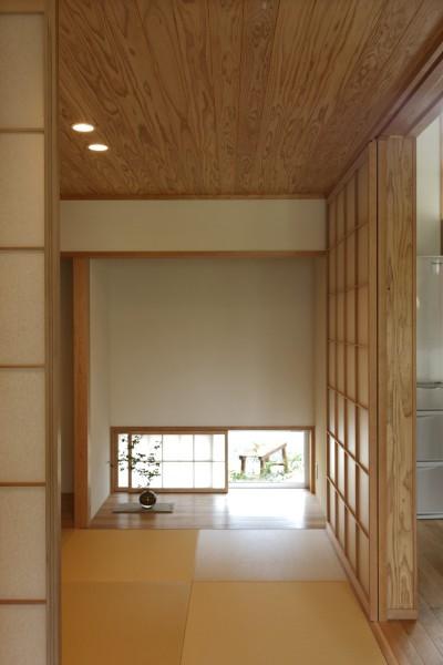 畳スペース (自然体で暮らす平屋~光・風・緑を取り込む家~)