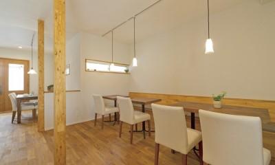 大阪府Kさん邸:ナチュラル素材でほっこり優しい「自宅カフェ」
