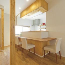 大阪府Kさん邸:ナチュラル素材でほっこり優しい「自宅カフェ」 (カウンター2)