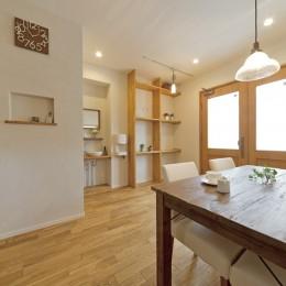 大阪府Kさん邸:ナチュラル素材でほっこり優しい「自宅カフェ」 (心地よいカフェ空間)