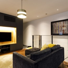 K邸- いいものは生かしながら、新しい家にする部分的リノベーション (リビング)