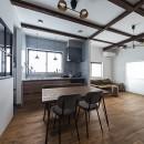 大阪・茨木市K様邸~存在感あるネイビー色ガルバリウム銅板の装いのある家~の写真 リビングダイニング