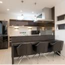 自分スタイルを実現した2世帯の写真 キッチン