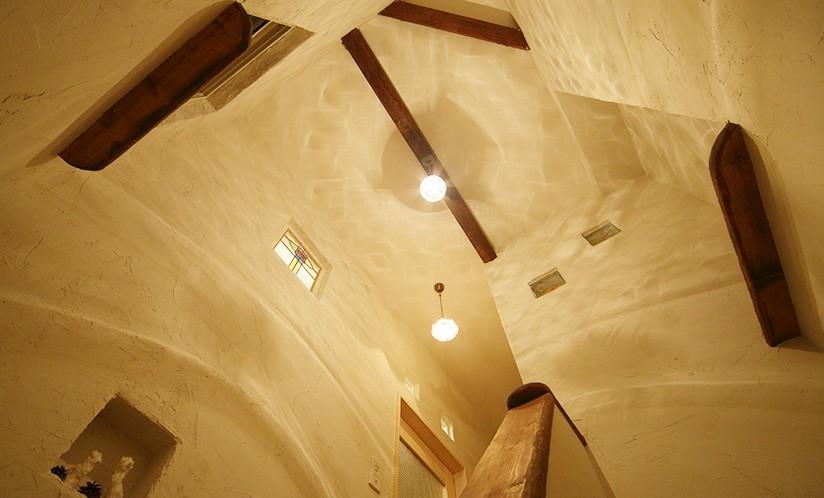 その他事例:階段ホール(コンパクトな2世帯でもセルフビルドでMy Life)