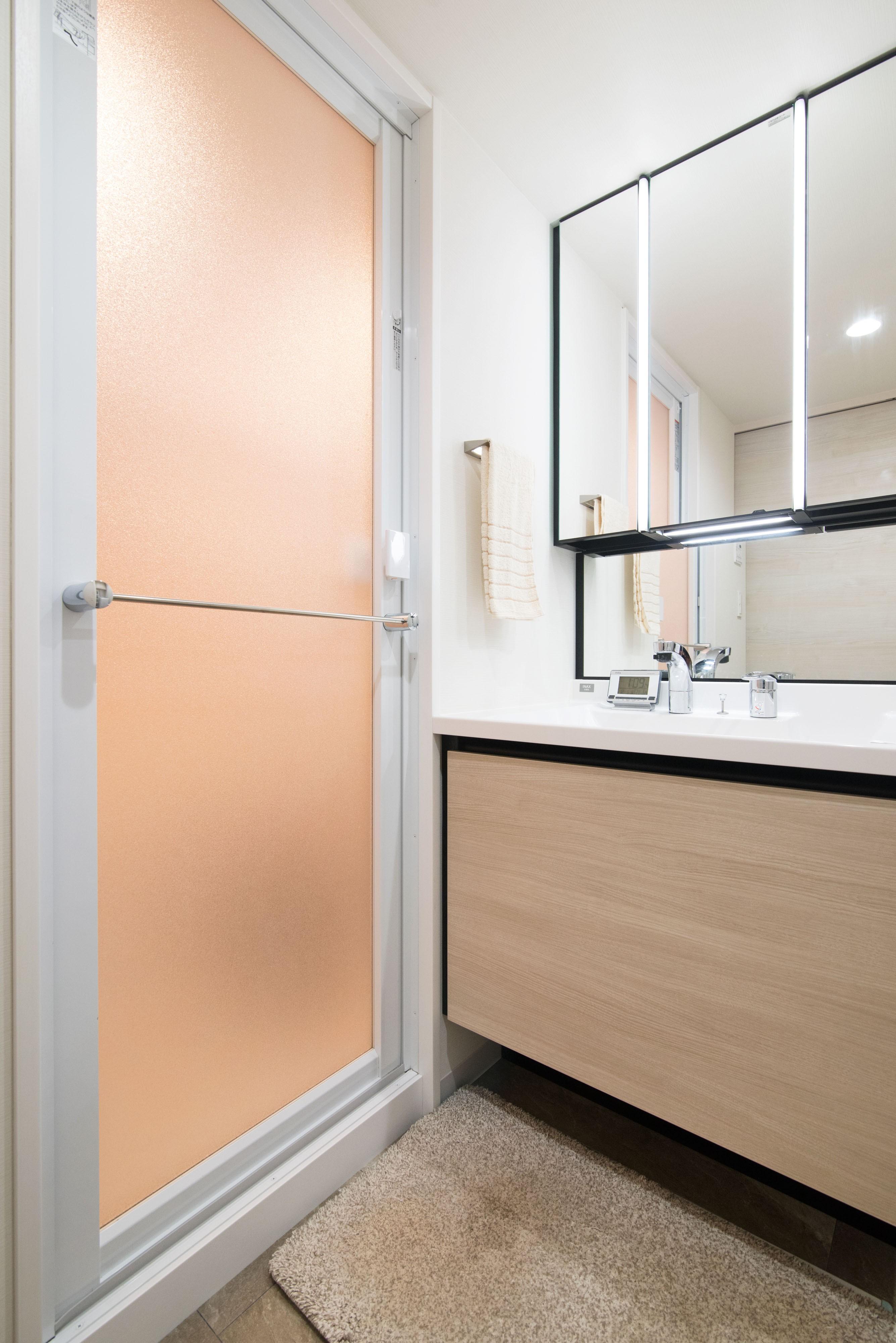バス/トイレ事例:洗面室(設備の進化は快適に通ず)