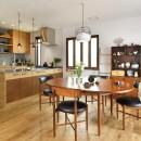 新しい家は体にやさしい自然素材の写真 広々のびやかに過ごせるLDK