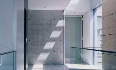 山手の家 (階段トップライト)