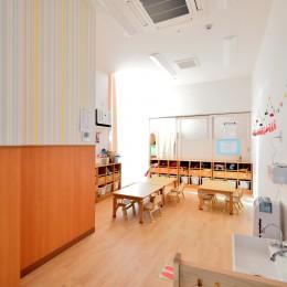横須賀市 ~にじのそら保育園~ (2歳児の保育室)