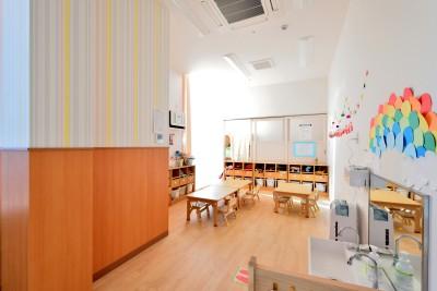 2歳児の保育室 (横須賀市 ~にじのそら保育園~)