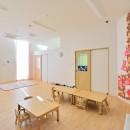横須賀市 ~にじのそら保育園~の写真 1歳児の保育室