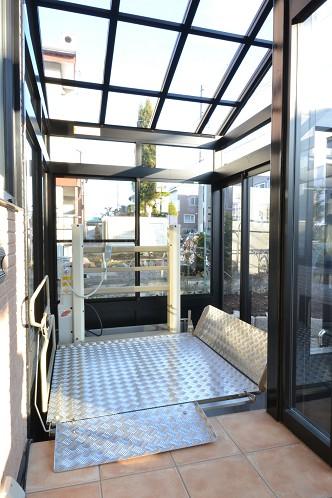 玄関事例:玄関ポーチ(こだわりのデザインを実現したバリアフリー)