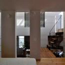 CmSoHo スキップフロアを用い、小さな土地に伸びやかな広がりのある空間を形成の写真 寝室