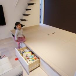 house-hol (リビング脇の小上がり和スペース)