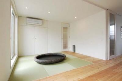 リビング横の和スペース (house-w 世田谷のリノベーション住宅)